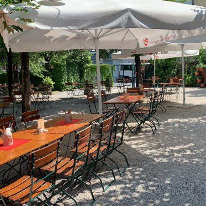 Salzburg Guide Eat & Drink - Hirschenwirt Gastgarten